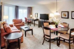 premiere-suite-living-room