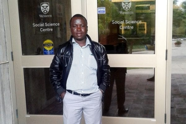 African Leaders of Tomorrow (ALT) scholar Elmond Bandauko