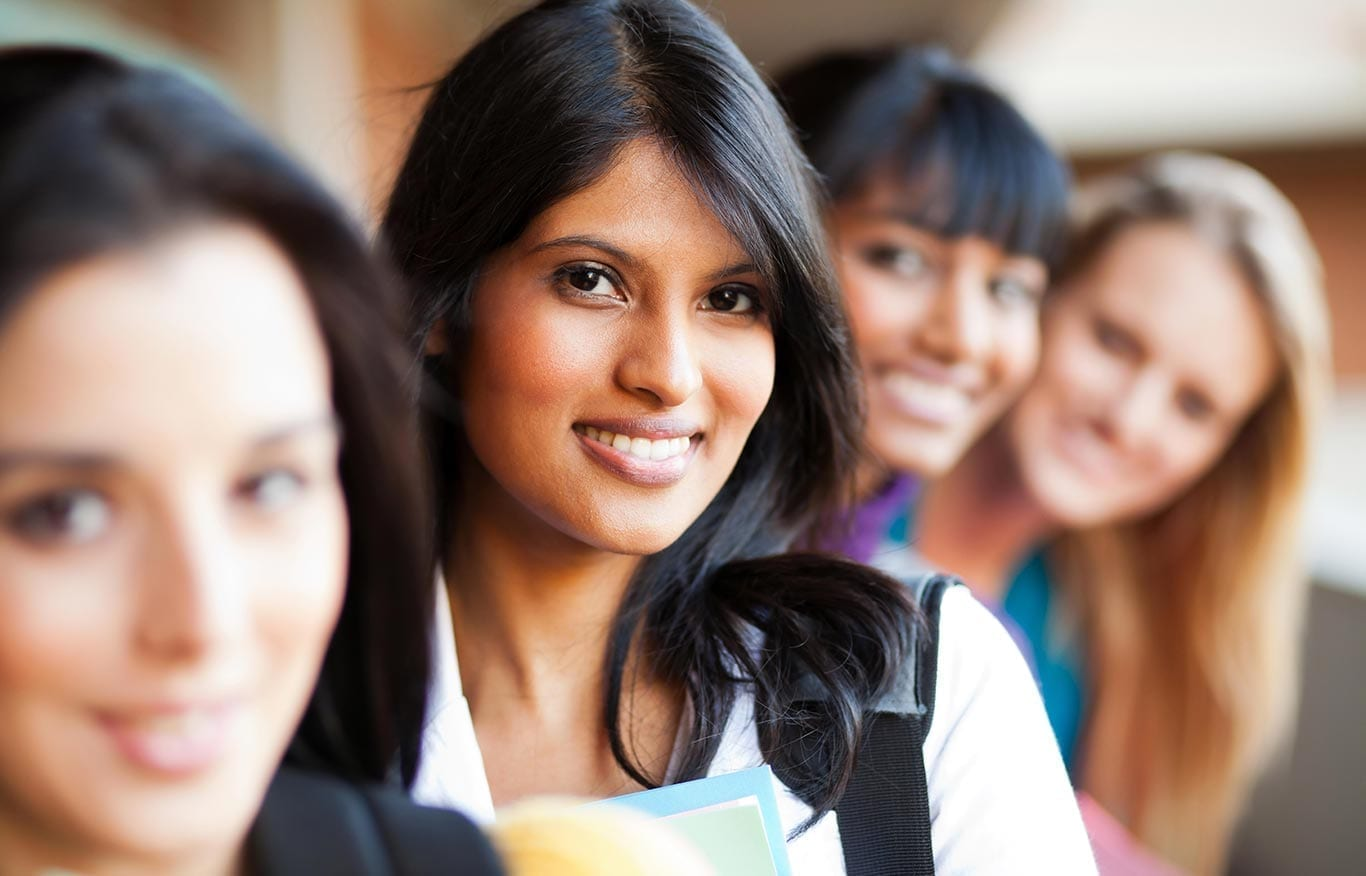 pilipino-college-women